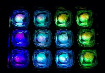 LED Light Up Blinky Ice Cubes - Multicolor