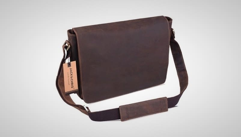 8f0d290185e2 15 Best Messenger Bags For Men On The Market Right Now