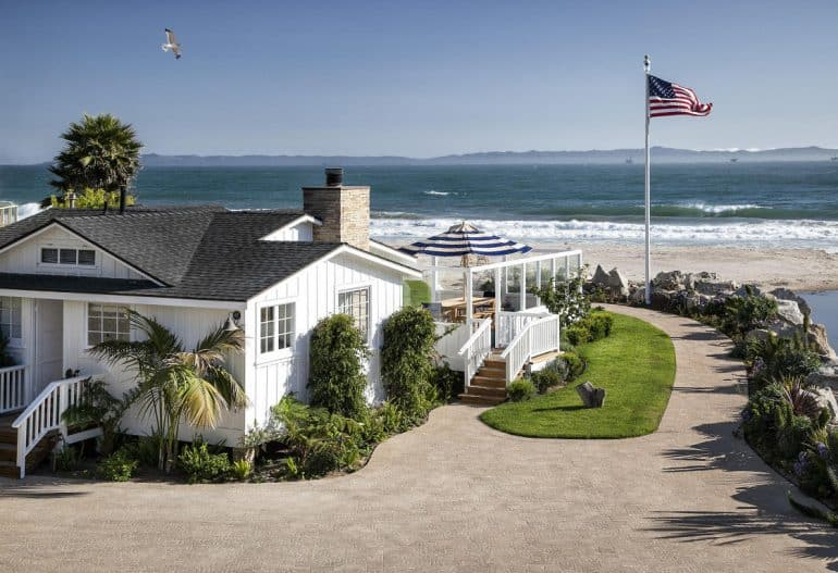 mila kunis ashton kutcher beach house