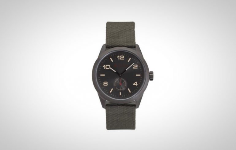 aulta paipo canvas field watch