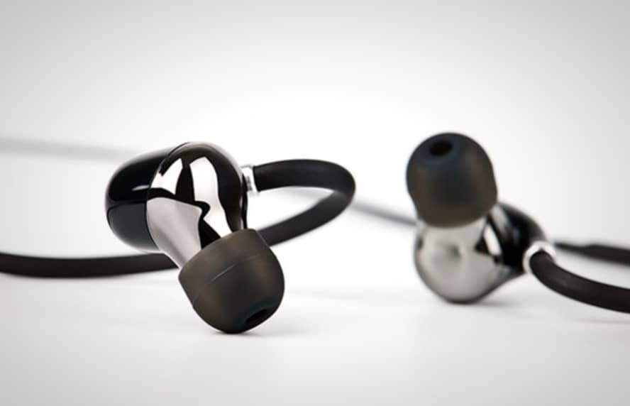 voxoa bluetooth sportsbuds are sweatproof and deliver amazing sound. Black Bedroom Furniture Sets. Home Design Ideas