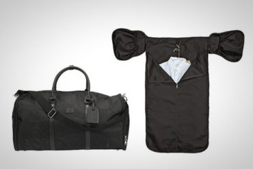 1Voice Weekender Garment Bag With Built-In Battery