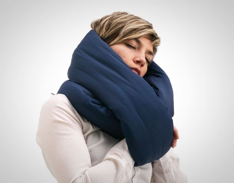 Huzi Infinity Pillow Wearable Travel