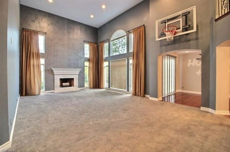 kyrie irving house