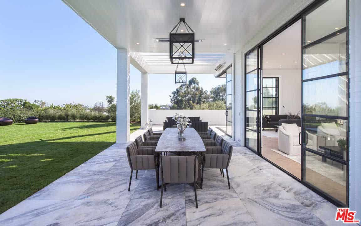Lebron james just dropped 23 million on this l a mansion for New house in los angeles