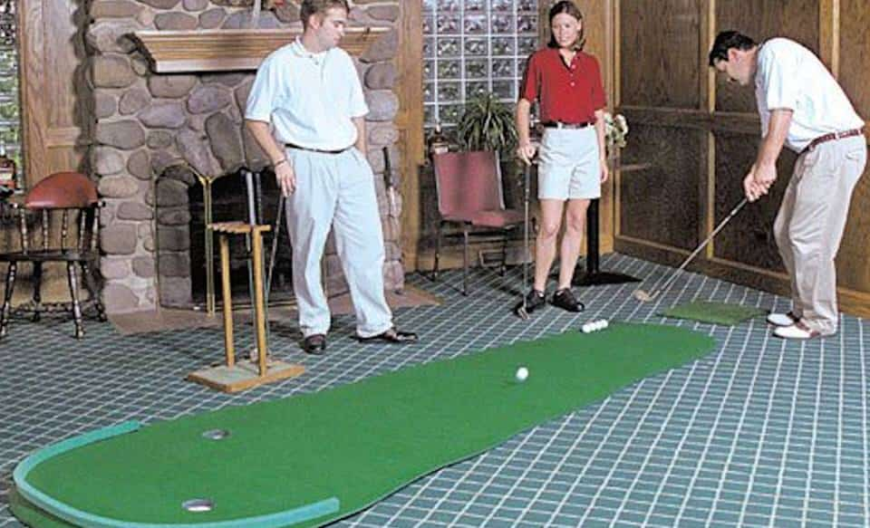 Best Indoor Putting Green - Big Moss